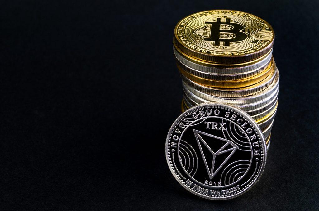 Tron TRX on moderni tapa vaihtaa ja tämä salausvaluutta on kätevä maksuväline rahoitus- ja verkkomarkkinoilla